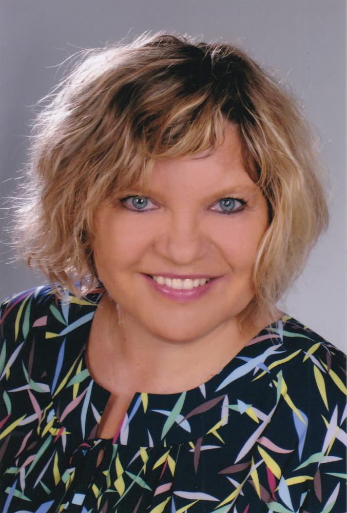 prof. Kumirska