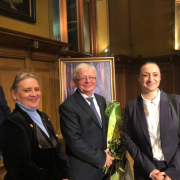 Ola i Aga z prof. M. Woźniakiem (GUMed) podczas gali wręczenia Nagrody Naukowej Miasta Gdańska 2018